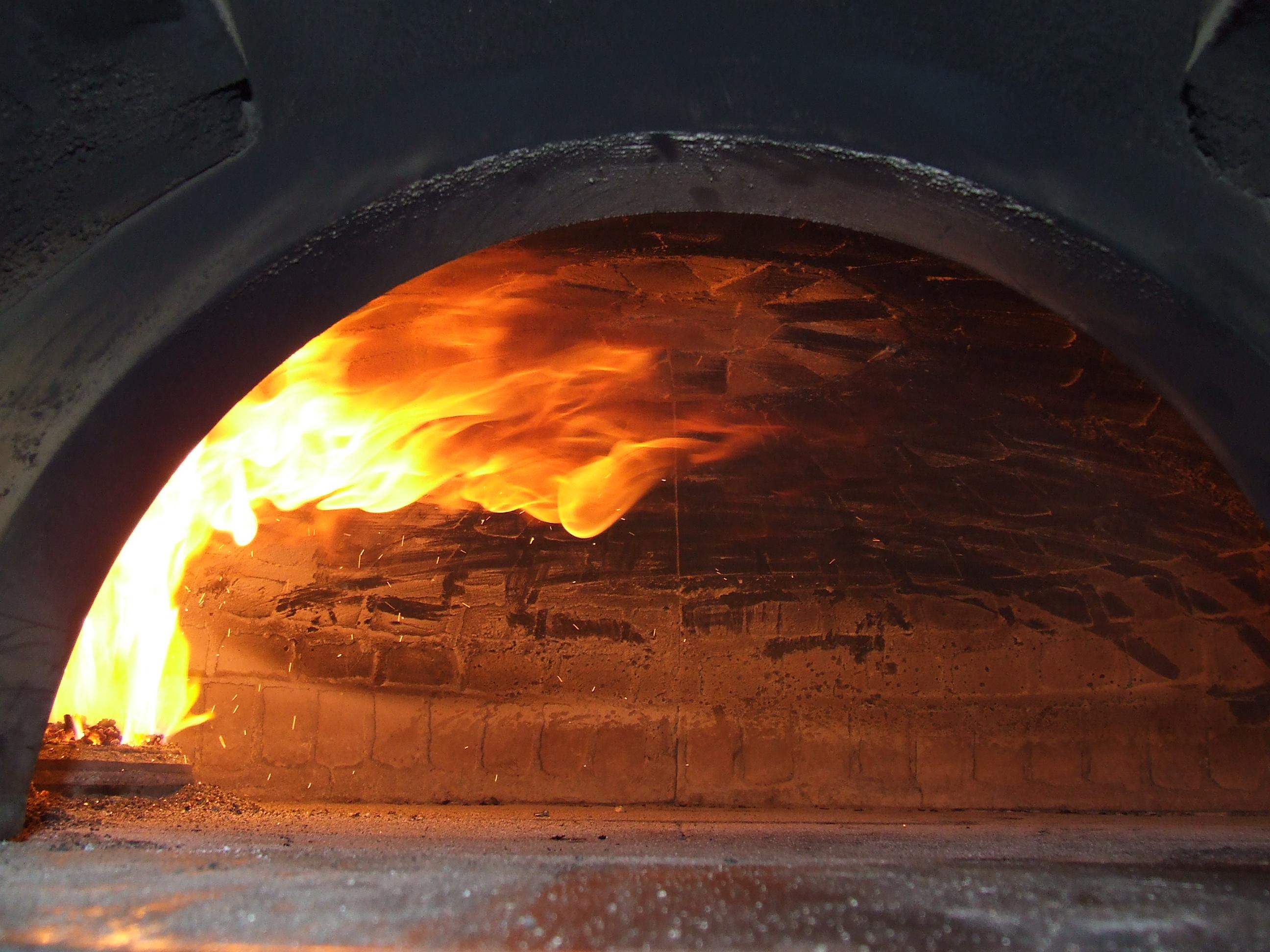 Bruciatori forni pizza pane - Forni per pizza a legna per casa ...